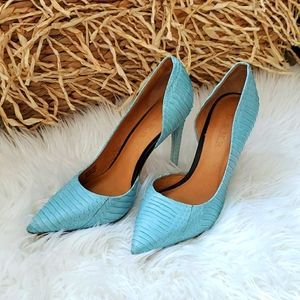L.A.M.B. Pointed Toe Heels Size 7.5